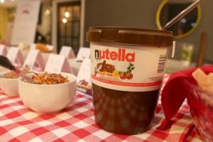 Nutella spread station