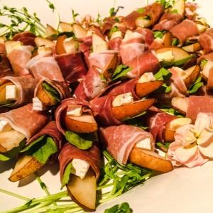Prosciutto and pear rolls